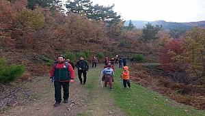Doğa Yürüyüşçüleri Hamzababa Türbesinde