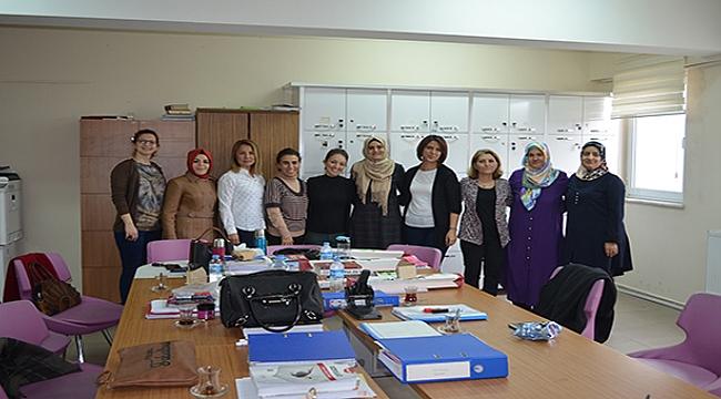Eğitim-Bir Sen Kadınlar Gününü Kutladı
