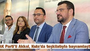 AK Partili Akkal, Kula'da teşkilatıyla bayramlaştı