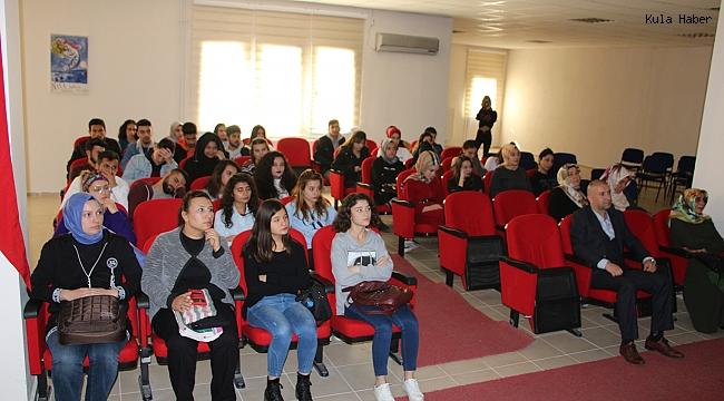 MYO öğrencilerine 'Peygamberimiz ve aile' semineri