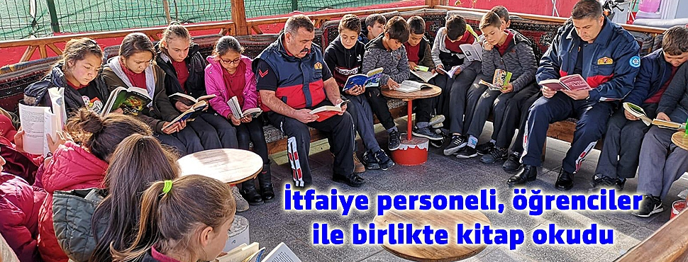 İtfaiye personeli, öğrenciler ile birlikte kitap okudu