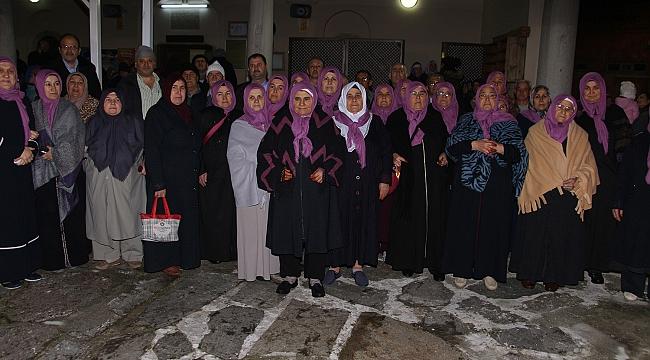 48 kişilik umre kafilesi dualarla uğurlandı