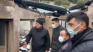 AK Gençlik'ten evleri yanan ailelere erzak ve giysi yardımı