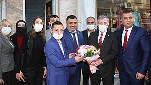 Gelecek Partisi Genel Başkan Yardımcısı Özdağ, Kula'yı ziyaret etti