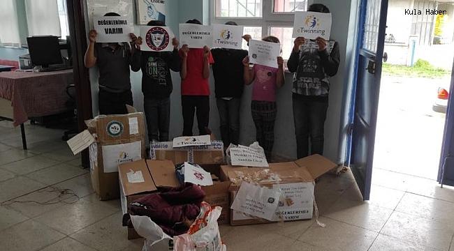 Liseli öğrencilerden Batman'daki köy okulu öğrencilerine yardım eli