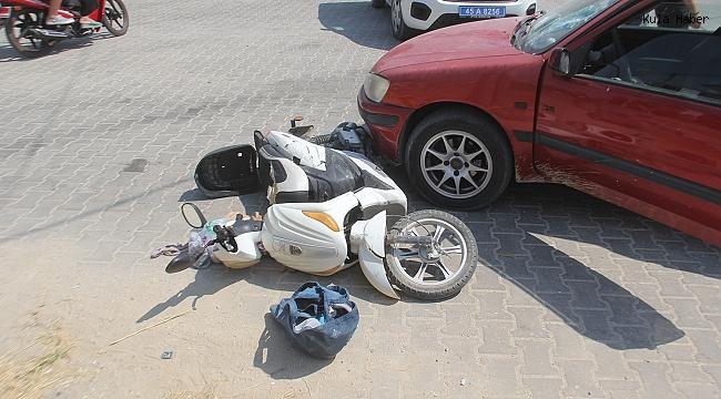 Otomobille elektrikli bisiklet kafa kafaya çarpıştı; 1 yaralı