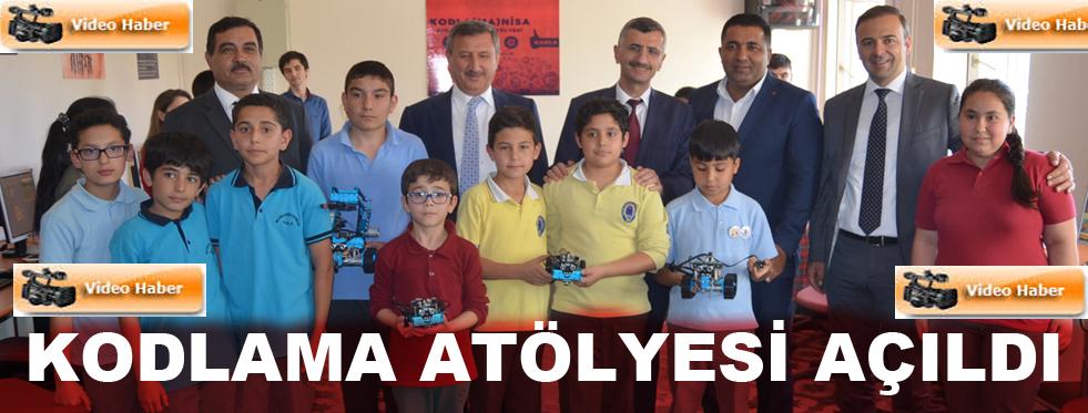 """""""KODLAMA ATÖLYESİ"""" AÇILDI"""